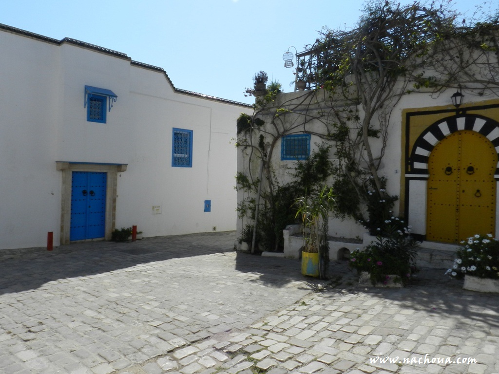 Sidi bou sa d village des artistes tunisie for Architecture andalouse